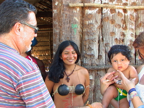 Sr_luis_en_comunitat_indigena_rd